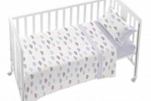 Consigue el juego de sábanas de bebe gris con nubes - Burrito Blanco