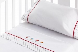 Juego de sábanas bordadas para bebé único 204