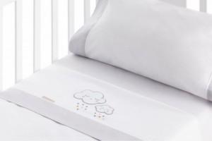 Juego de sábanas bordadas para bebé gris 207
